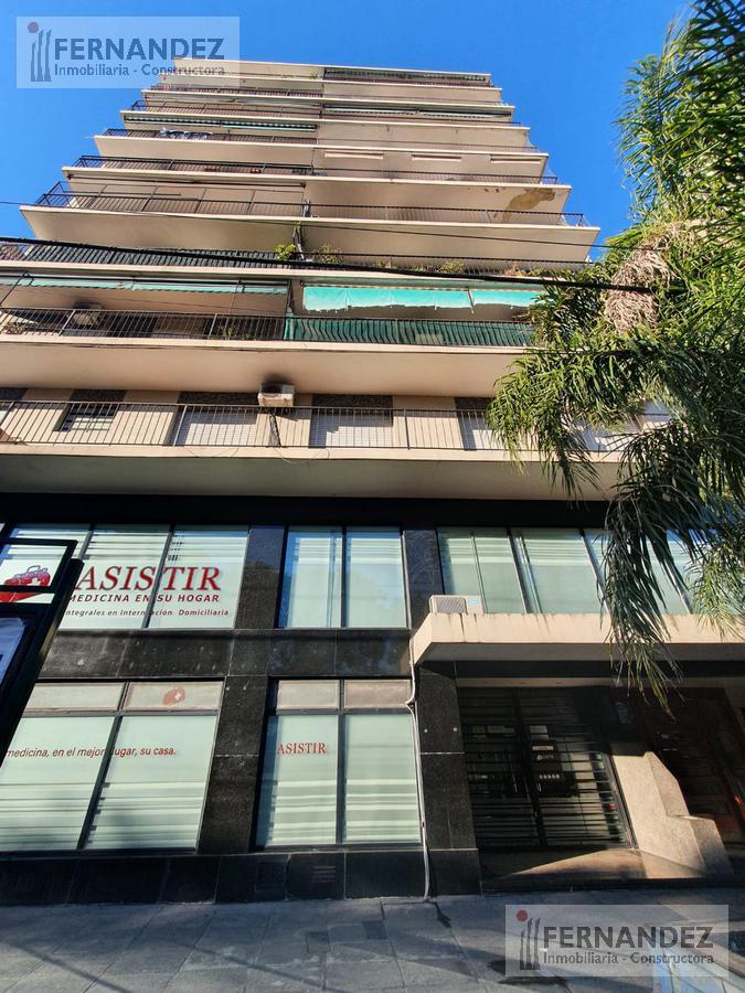 Foto Departamento en Venta en  V.Lopez-Vias/Maipu,  Barrio Vicente López  Av. Maipu al 800