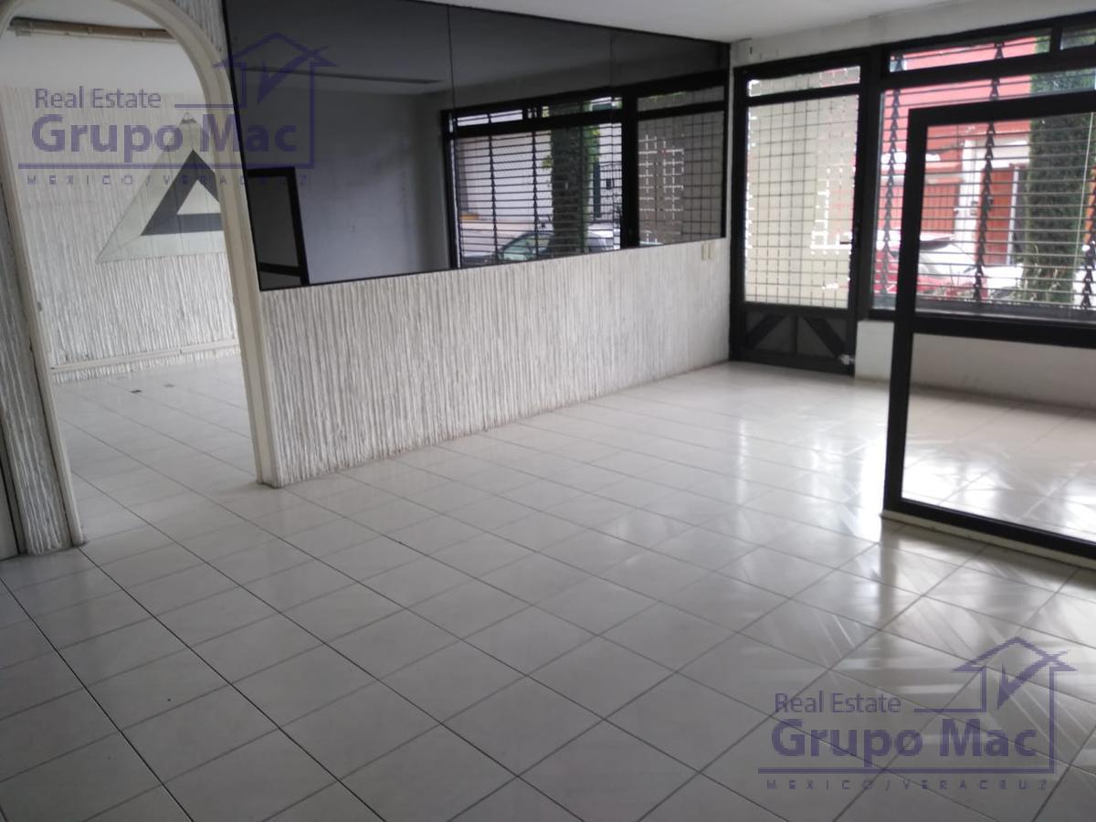 Foto Oficina en Renta en  Los Pirules,  Tlalnepantla de Baz  Oficina en Renta con uso de suelo en Fracc. Los Pirules Tlalnepantla