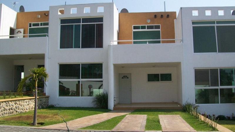 Foto Casa en condominio en Renta en  Pueblo Ocotepec,  Cuernavaca  Condominio Tres Cruces, Cuernavaca