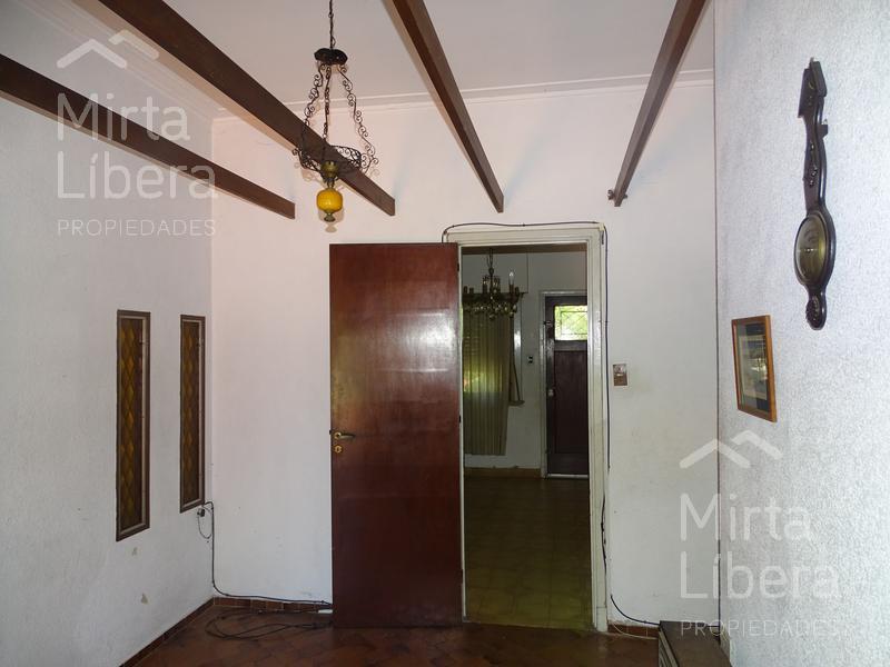 Foto Casa en Venta en  La Plata ,  G.B.A. Zona Sur  6 e/ 71 Y 72 al 1900