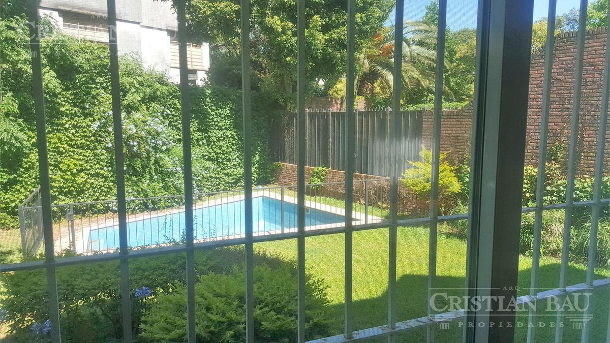Foto Casa en Venta en  La Lucila-Libert./Rio,  La Lucila  La Lucila. Libertador al río