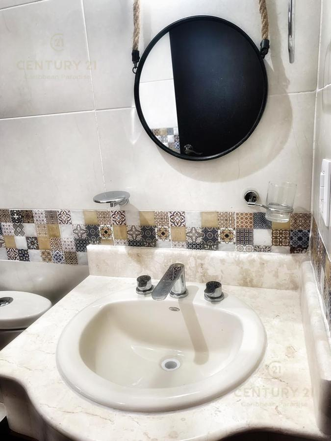 Marsella Casa for Venta scene image 2