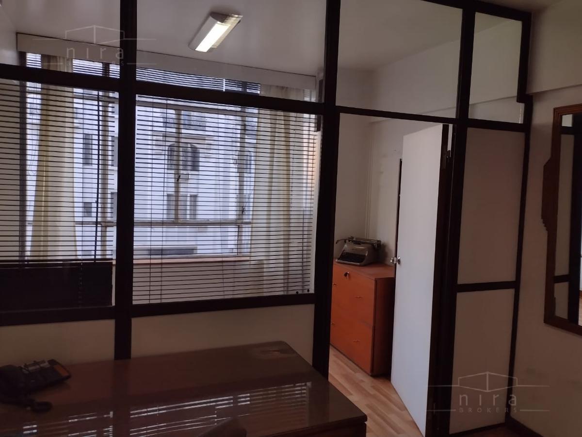 Foto Oficina en Alquiler en  Monserrat,  Centro (Capital Federal)  Av Corrientes al 1200