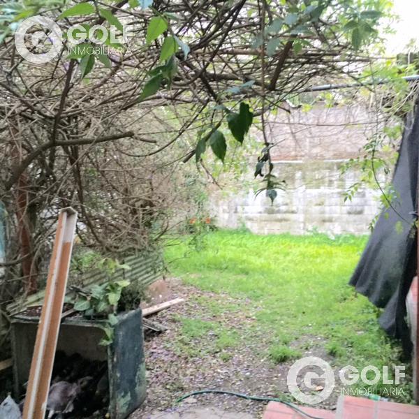 Foto Casa en Venta en  Carrasco ,  Montevideo  Av. Italia Y Bolivia, ideal empresas, a reciclar