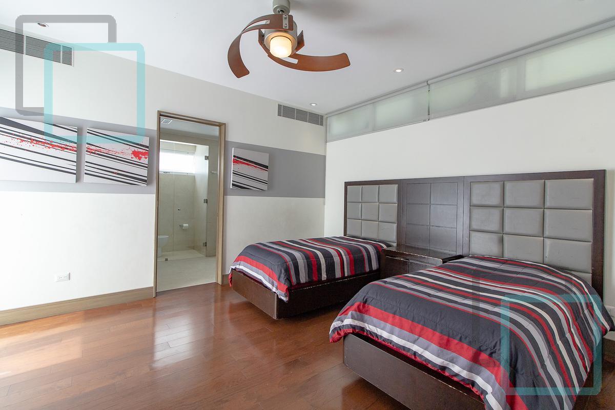 Foto Casa en Venta en  Privanzas,  San Pedro Garza Garcia  CASA EN VENTA PRIVANZAS EN SAN PEDRO GARZA GARCÍA