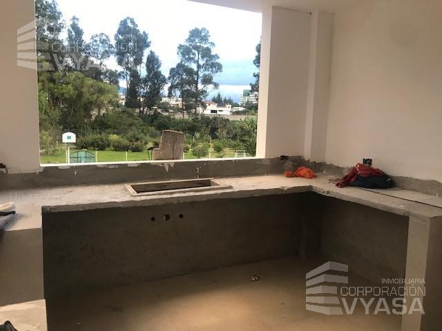 Foto Casa en Venta en  Los Chillos,  Quito  Valle de los Chillos - HiperMarket, amplia casa de venta por estrenar 200m2