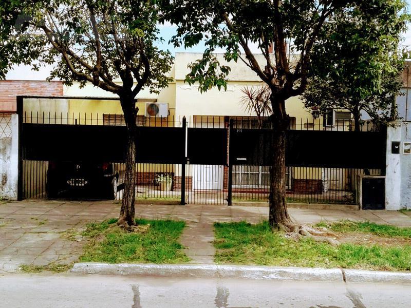 Foto Casa en Venta en  Merlo ,  G.B.A. Zona Oeste  1º de mayo al 400