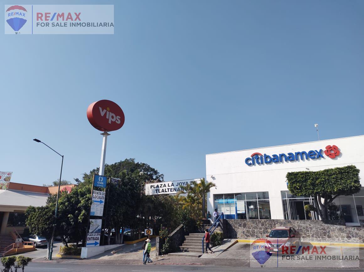Foto Local en Renta en  Tlaltenango,  Cuernavaca  Renta de local en Plaza Comercial Av. Zapata, Cuernavaca…Clave 3400