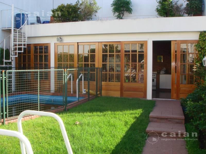 Foto Casa en Venta en  Flores ,  Capital Federal  Bolivia  al 700