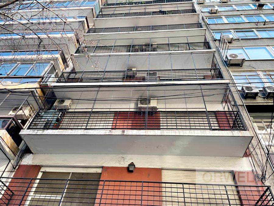 Foto Oficina en Venta en  Once ,  Capital Federal  Pueyrredón al 800