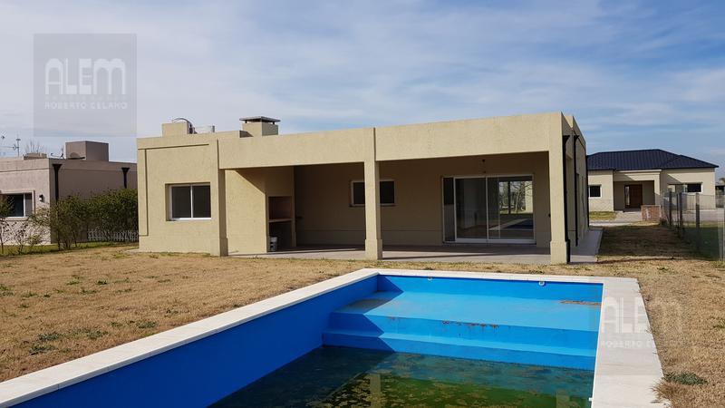 Foto Casa en Venta en  Canning (E. Echeverria),  Esteban Echeverria  La Horqueta de Echeverría