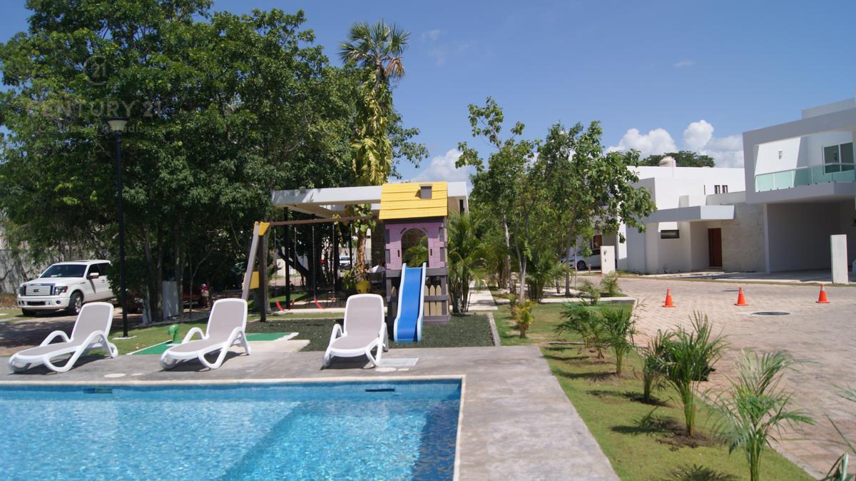 Foto Casa en Venta en  Playa del Carmen,  Solidaridad  Hermosa Casa de lujo en venta Bosques de Bambú, Playa del Carmen P2907