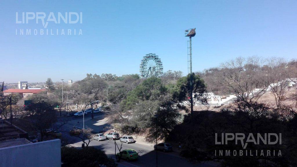 Foto Departamento en Venta en  Nueva Cordoba,  Capital  Av. POETA LUGONES al 100