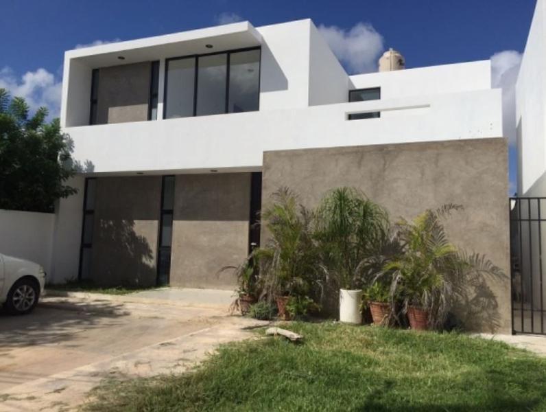 Foto Casa en Venta |  en  Pueblo Cholul,  Mérida  ATENCIÓN INVERSIONISTAS, CHOLUL, SEMINUEVA EN VENTA CON INQUILINO.