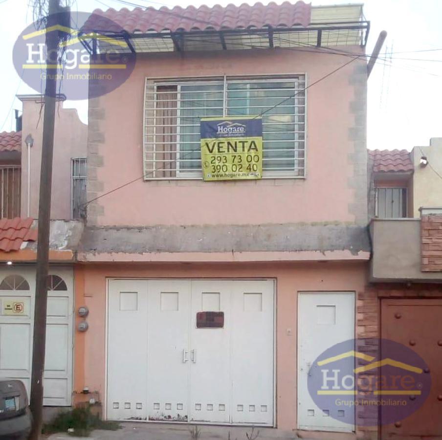 Casa en venta en León, Gto. a unacuadra de Mariano Escobedo Col. Paseos de San Ángel ideal para negocio