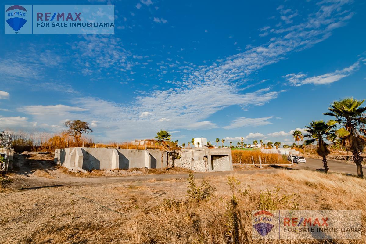Foto Terreno en Venta en  Pueblo Tequesquitengo,  Jojutla  Terreno en Emporio Residencial Tequesquitengo, Mor…Clave 3385
