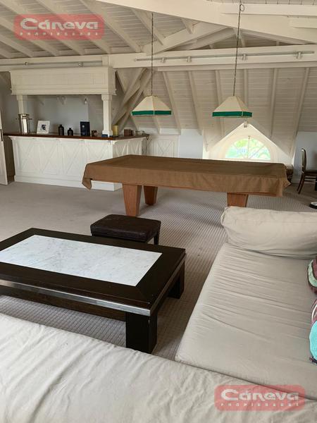 Foto Casa en Alquiler en  Marina Del Sol,  Countries/B.Cerrado (San Fernando)  escalada al 2400
