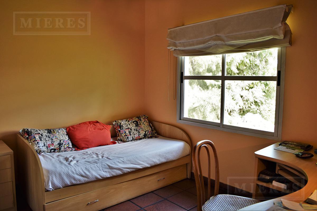 MIERES Propiedades- Casa de 196 mts en La Campiña