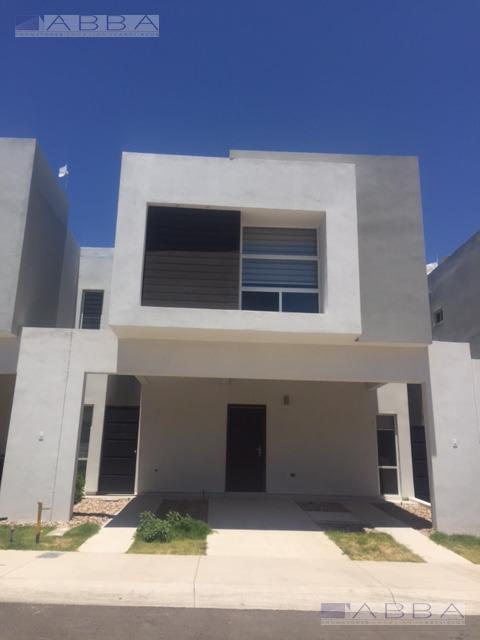 Foto Casa en Venta en  Fraccionamiento Senda Real,  Chihuahua          CASA EN VENTA EN MONDELO RESIDENCIAL