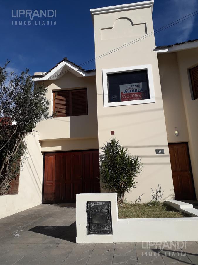 Foto Casa en Alquiler en  Residencial Velez Sarsfield,  Cordoba Capital  VIRGILIO MOYANO al 700 - COCHERA - LEY NUEVA