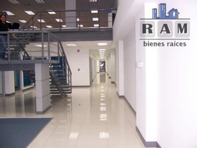 Foto Oficina en Renta en  Heredia,  Heredia  Edificio de oficinas ubicado en Heredia, disponible para el alquiler.