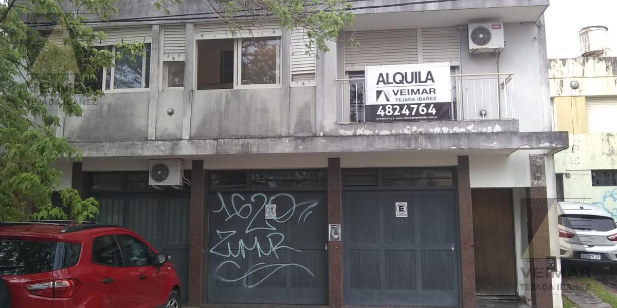 Foto Casa en Alquiler en  La Plata,  La Plata  15 n° al 1400
