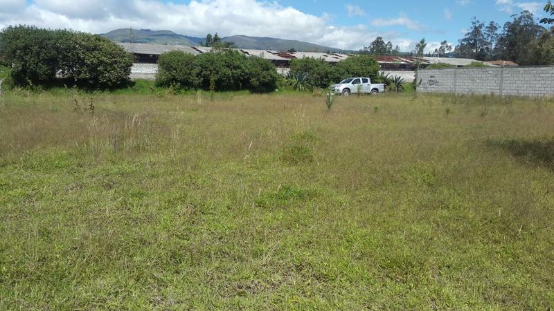 Foto Terreno en Venta en  Sur de Guayllabamba,  Guayllabamba  Terreno de Venta El Quinche a precio muy conveniente
