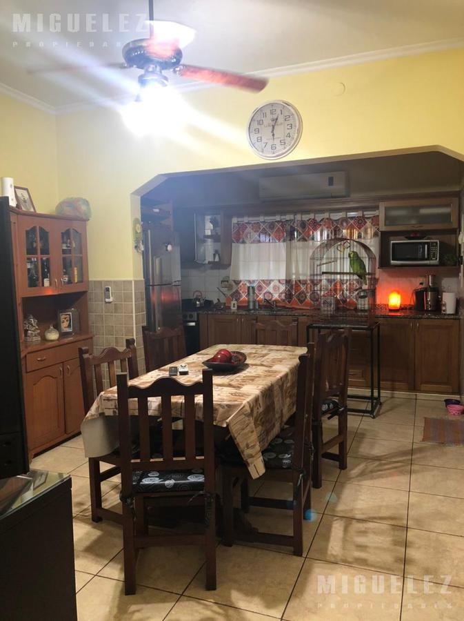 Foto Casa en Venta en  Temperley,  Lomas De Zamora  ERICSON 64