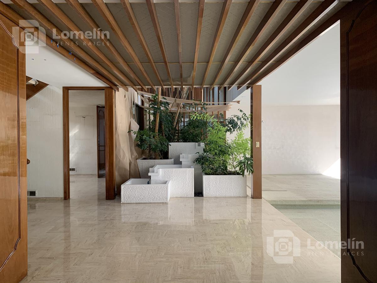 Foto Casa en Renta en  Bosque de las Lomas,  Miguel Hidalgo  BOSQUE DE FRESNOS - BOSQUE DE LAS LOMAS - CASA CON PRECIOSO JARDÍN