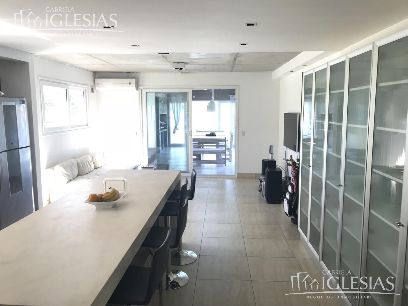Casa en Venta Alquiler en El Golf a Venta - u$s 2.200.000 Alquiler - u$s 12.000