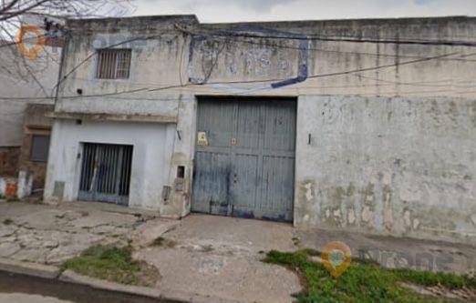 Foto Galpón en Venta en  Las Heras,  Rosario  Esteban de luca al 600