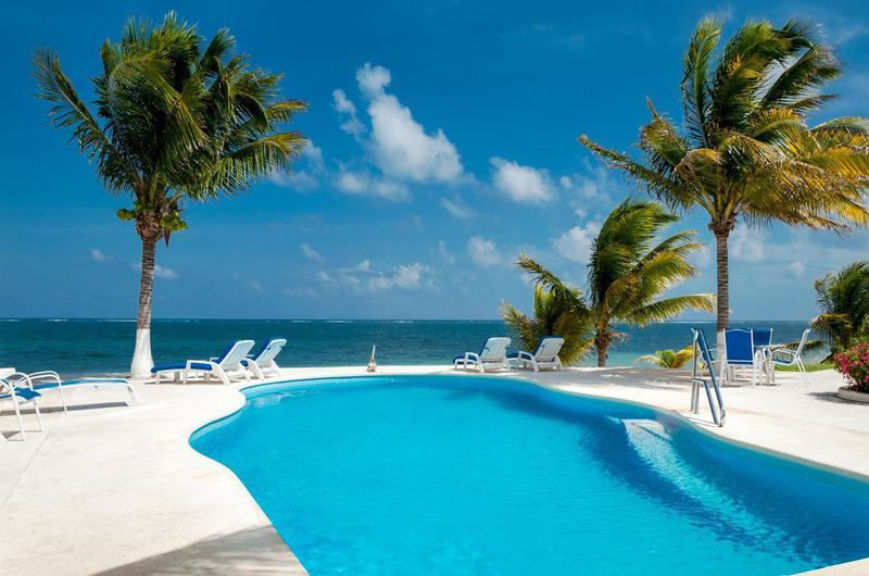 Foto Casa en Venta en  Puerto Morelos,  Cancún  CASA DE PLAYA  PUERTO MORELOS 7 REC.