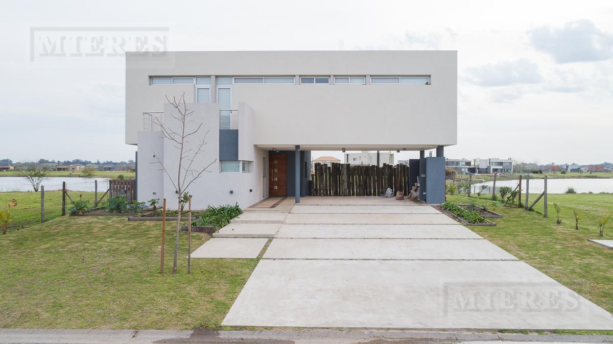 Casa en venta en  El Canton Barrio Puerto