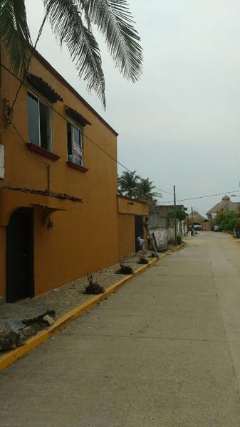 Foto Casa en Renta en  Alfredo V Bonfil,  Acapulco de Juárez  Casa Amarilla