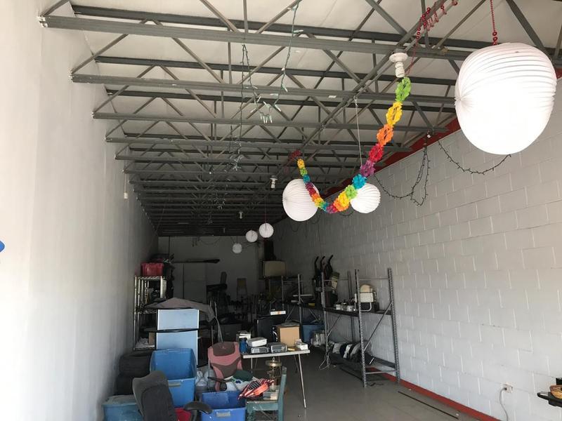 Foto Bodega Industrial en Venta | Renta en  Quintas Quijote,  Chihuahua  OPORTUNIDAD DE INVERSIÓN: LOCALES EN VENTA SOBRE AVENIDA DE LAS INDUSTRIAS