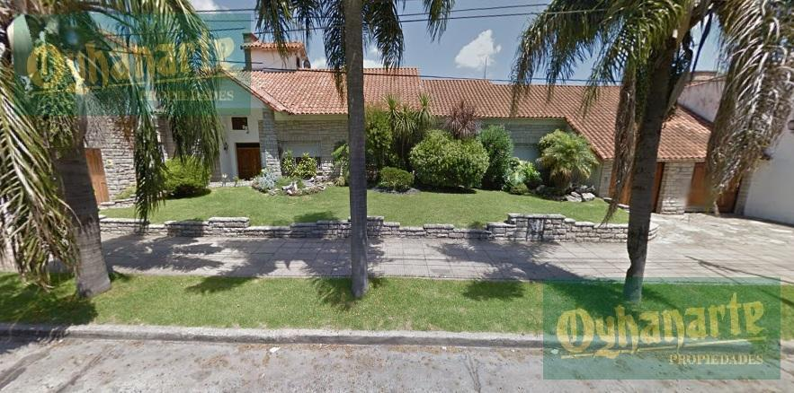 Foto Casa en Venta en  Castelar,  Moron  Trenque Lauquen al 800