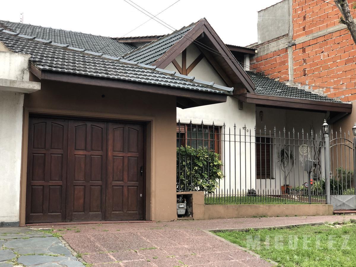 Foto Casa en Venta en  Temperley,  Lomas De Zamora  CARLOS TEJEDOR 970