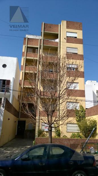 Foto Departamento en Alquiler en  La Plata,  La Plata  63 e/2 y 3