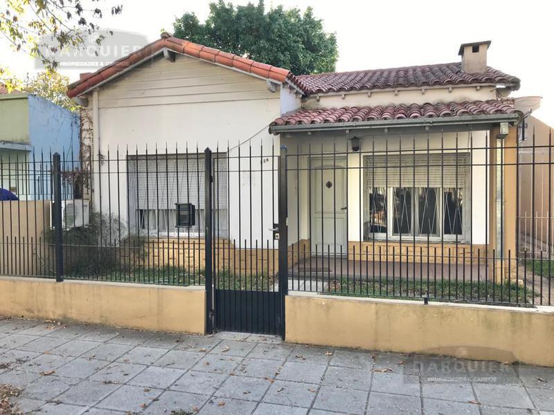 Foto Casa en Venta en  Temperley Este,  Temperley  FLORENCIO VARELA 228