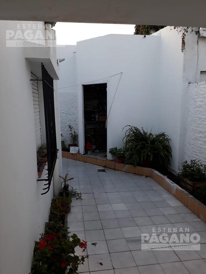 Foto PH en Venta en  La Plata ,  G.B.A. Zona Sur  41 e 7 y 8