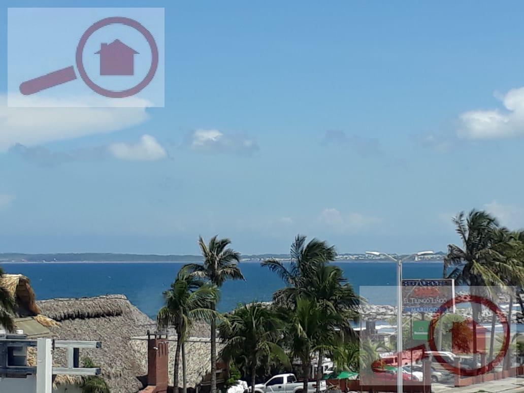 Foto Departamento en Venta en  Playa de Oro Mocambo,  Boca del Río  Departamento en Venta en Boca del Río con vista al mar