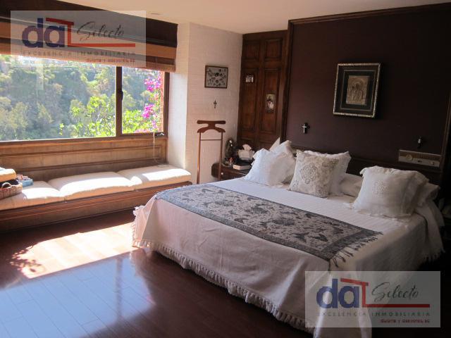 Foto Casa en Venta en  La Herradura,  Huixquilucan  La Herradura,  Arquitectura Mediterranea,  acogedora con bella vista panoramica 180°, Escucho Ofertas