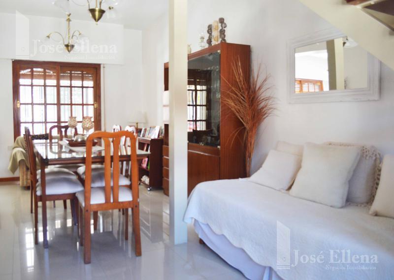 Foto Casa en Venta en  Matheu,  Rosario  San Martin al 3900