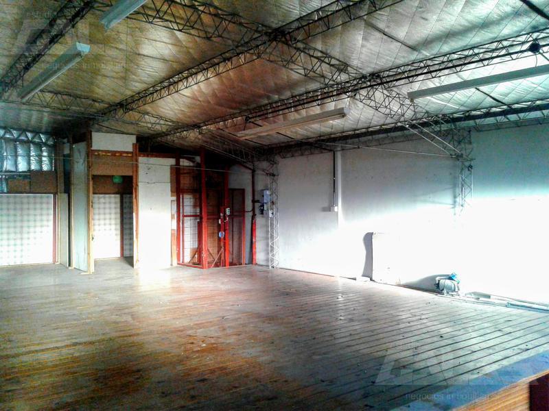Foto Depósito en Venta en  Billinghurst,  General San Martin  Carlos Gardel al 3300