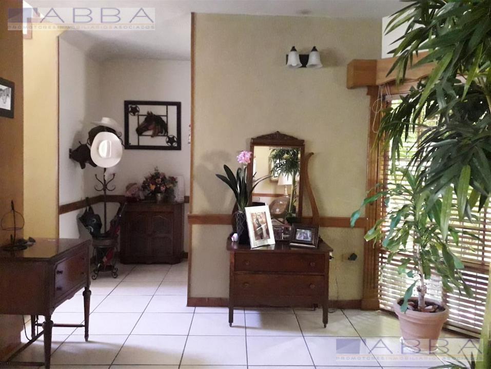 Foto Casa en Venta en  Residencial Campestre Residencial,  Chihuahua          CASA EN VENTA DE  DOS PLANTAS, EQUIPADA y  EN FRACC. RESIDENCIAL CAMPESTRE