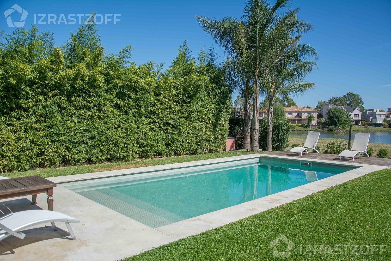Casa--Santa Barbara-