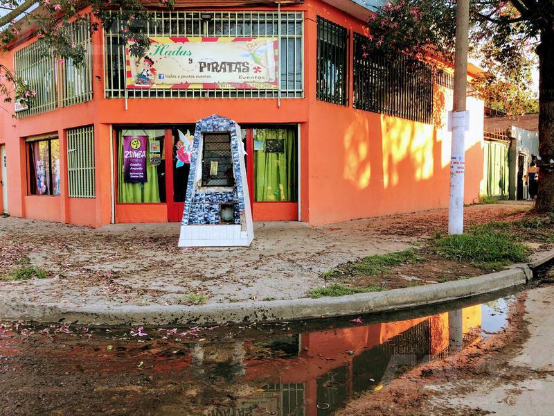 Foto Local en Venta en  Libertad,  Merlo  Marcos Paz al 1200
