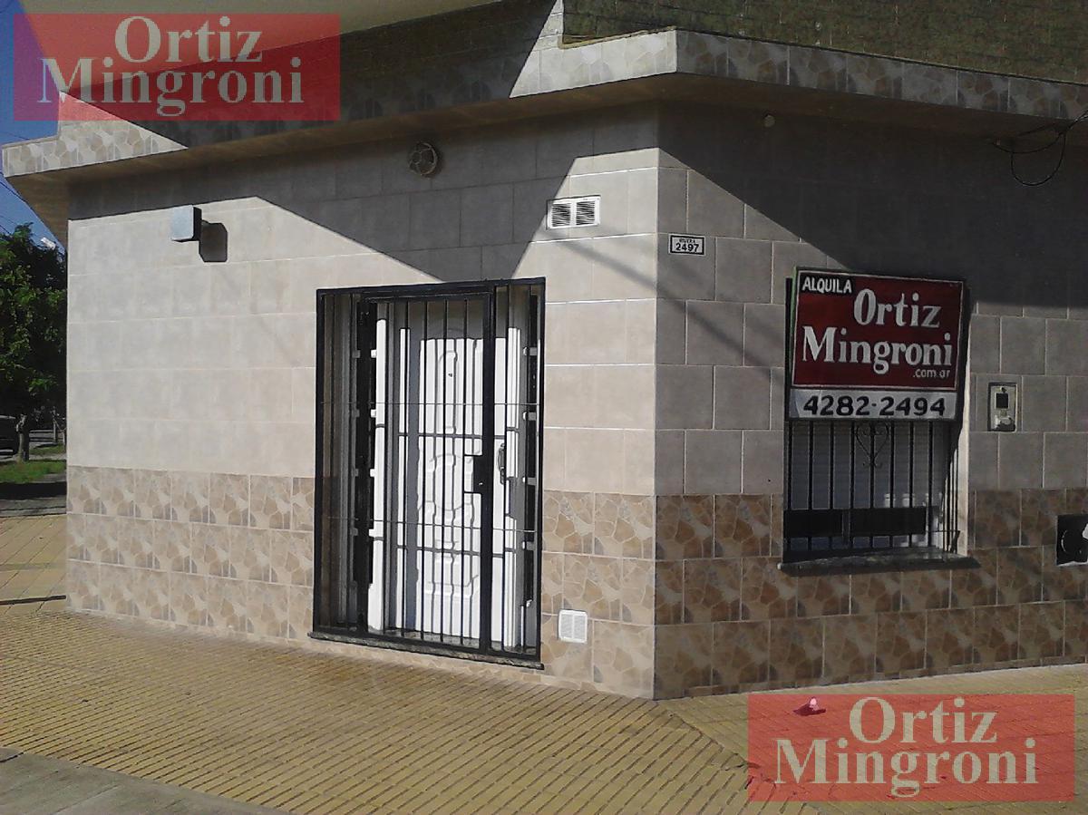 Foto Departamento en Alquiler en  Lomas de Zamora Oeste,  Lomas De Zamora  Rivera al 2400
