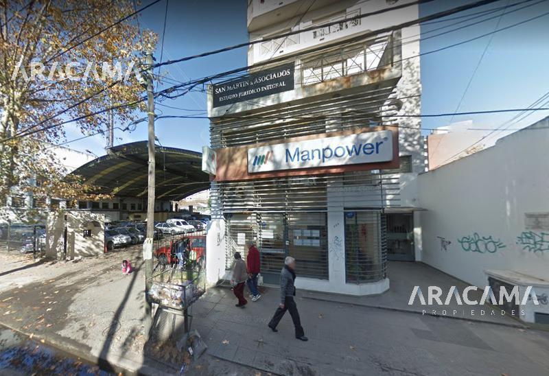 Foto Local en Venta en  Monte Grande,  Esteban Echeverria  Vicente Lopez al al 300