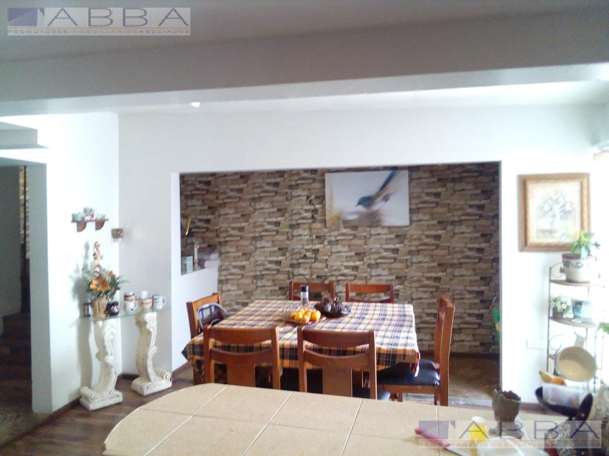 Foto Casa en Venta en  Chihuahua ,  Chihuahua  EN VENTA COL. RINCON DEL LAGO